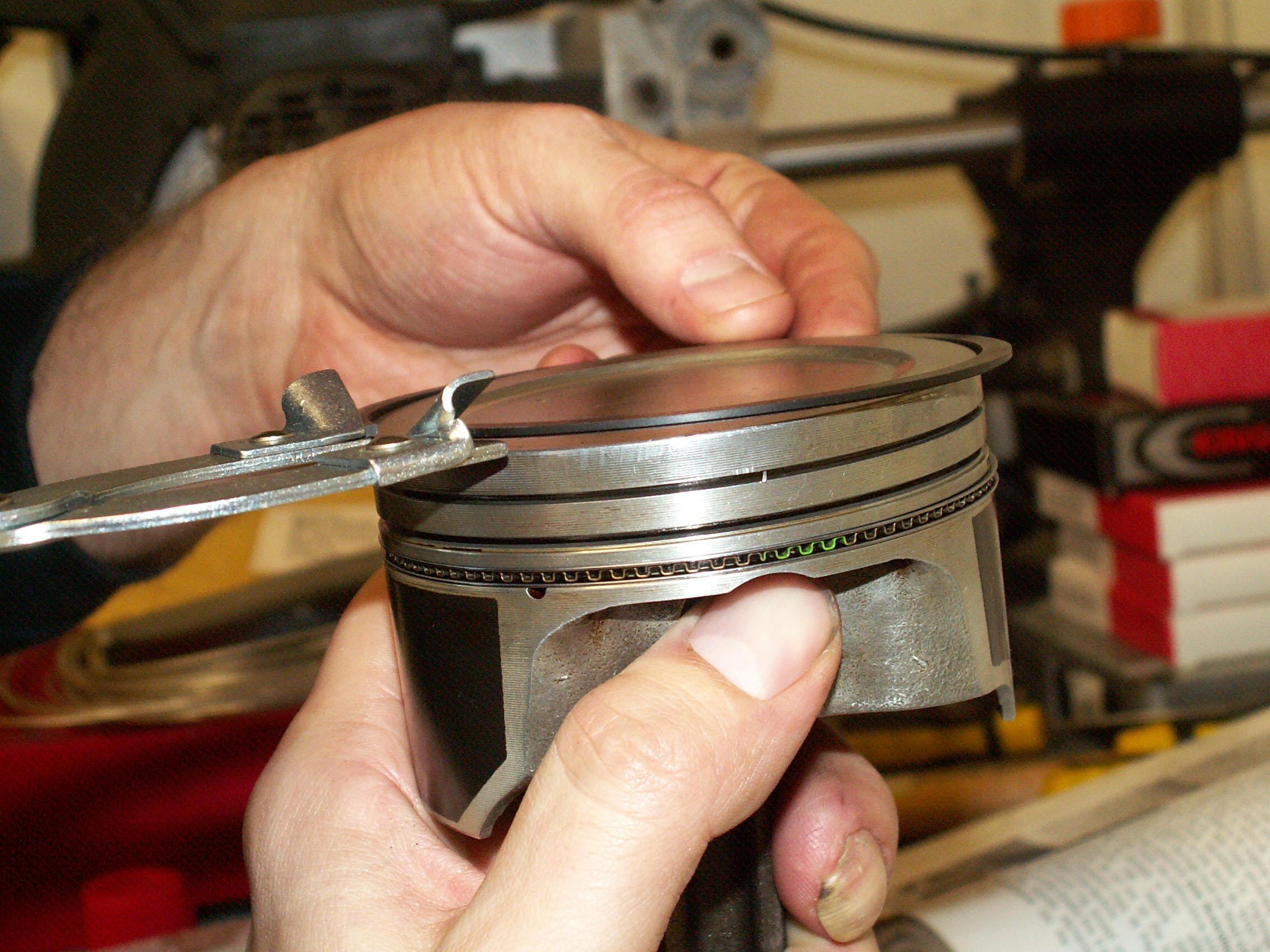 Small Engine Piston Ring Compressor